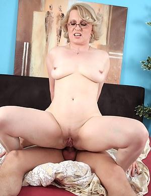 Moms Glasses Porn Pictures