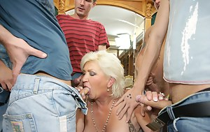 Moms Group Sex Porn Pictures